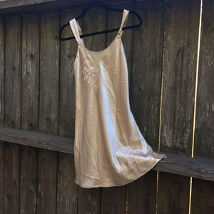 Dresses & Skirts - Vintage slip dress